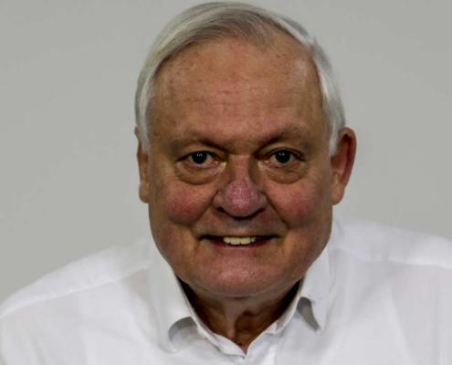 Dr. Burkhard Poschadel